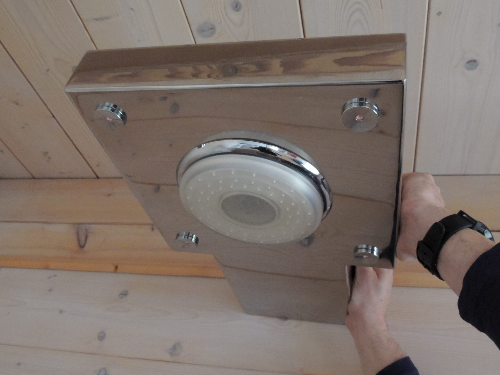 Doccia da esterno igan style - Box doccia da esterno ...