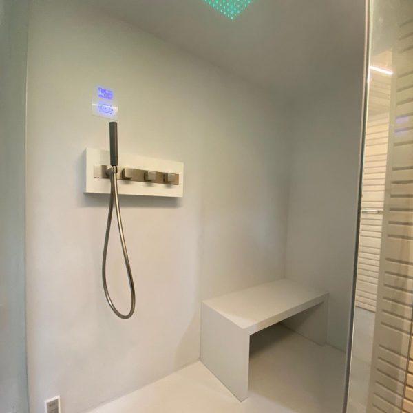 Hammam con tecnologia per doccia emozionale