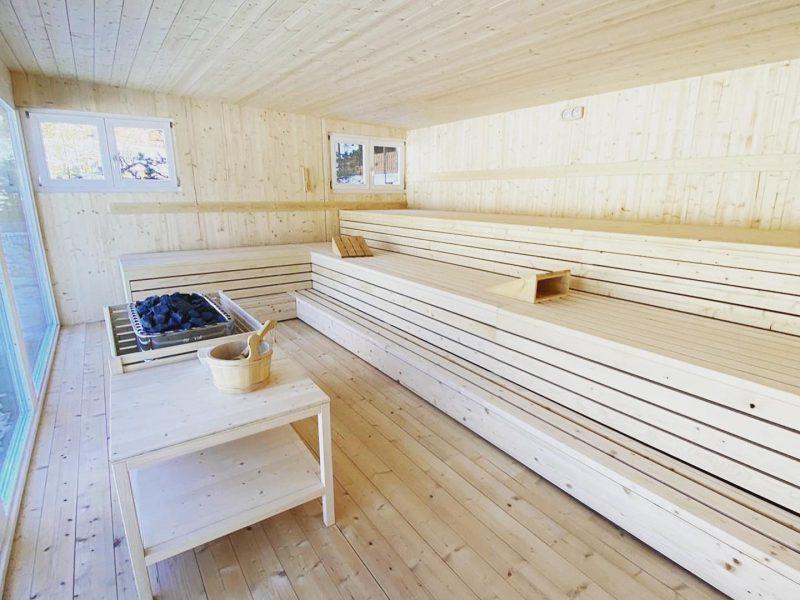 Sauna con vetrate panoramiche